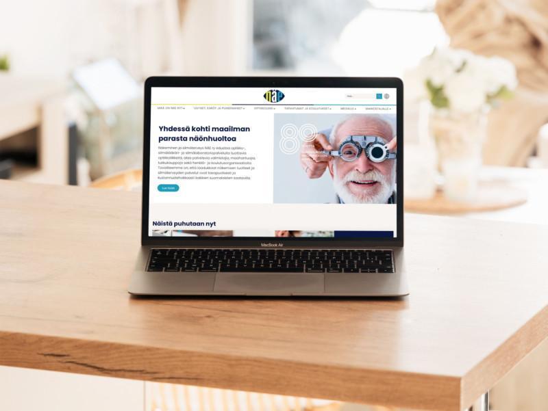 naery.fi verkkosivut auki tietokoneella