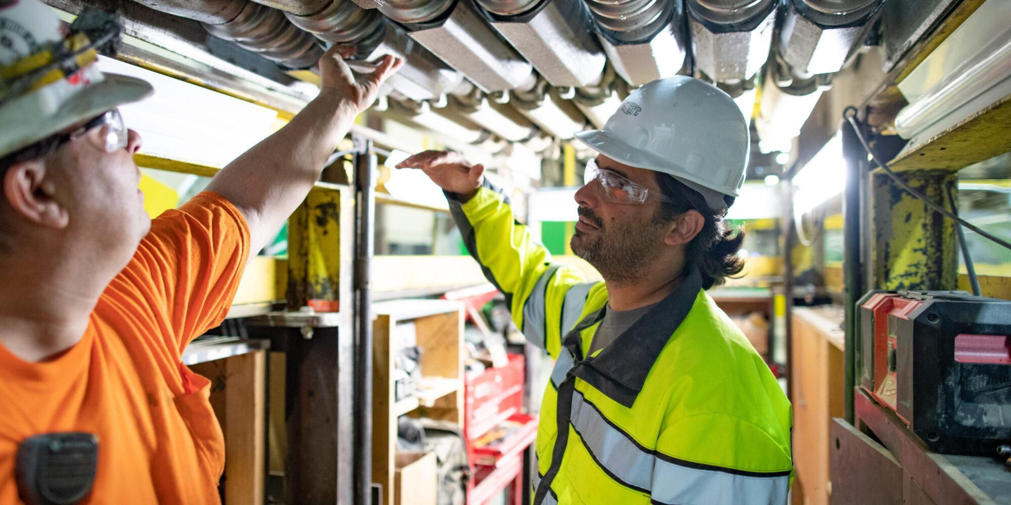 Elematic työntekijät töissä