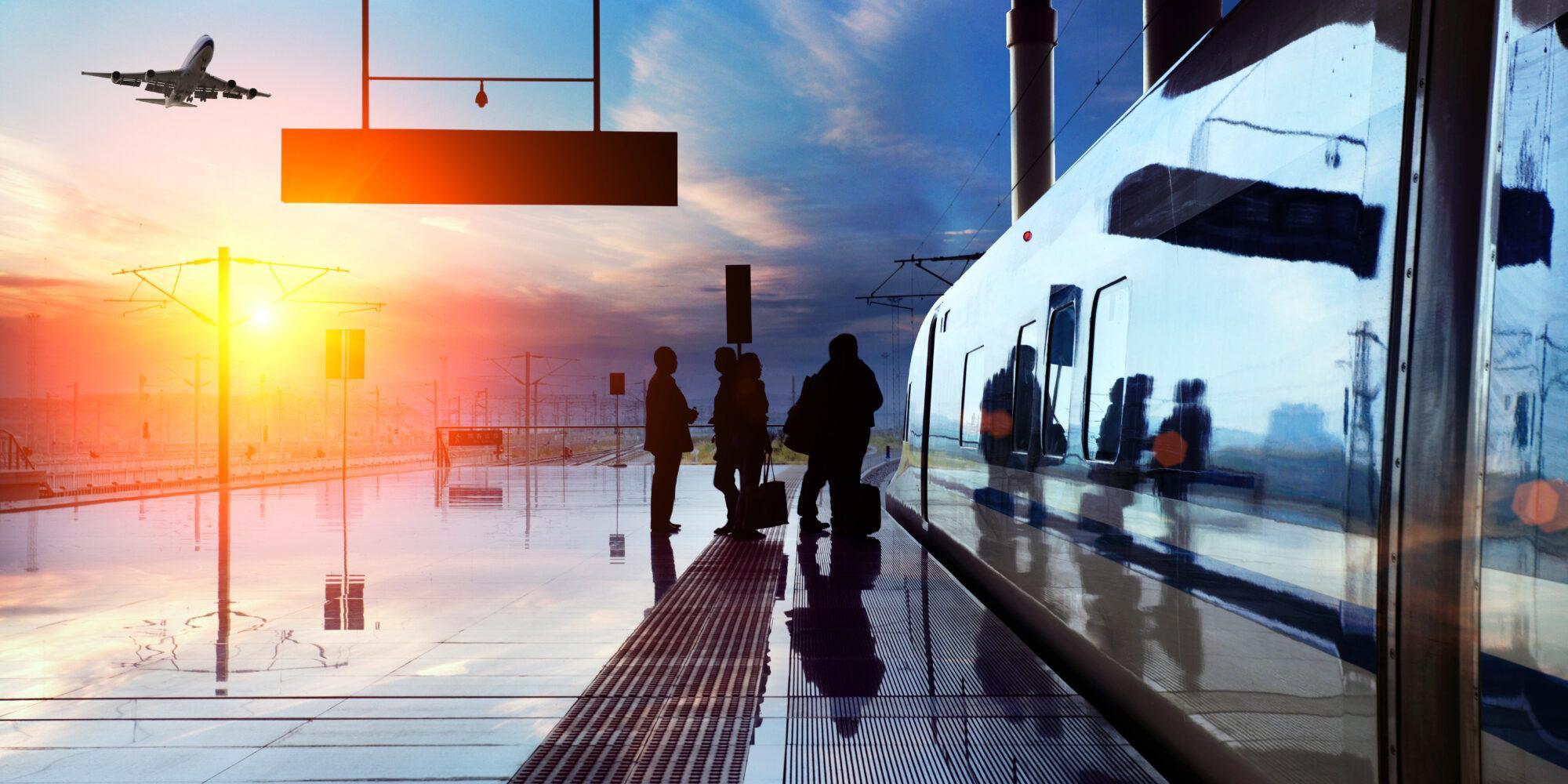 Auringonlasku juna-asemalla
